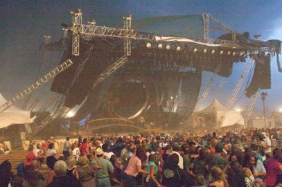 1178699-indiana-stage-collapse-617